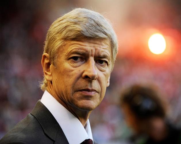 Arsenal không thể mua Ronaldo vì thiếu tiền - Bóng Đá