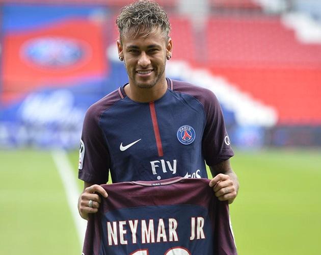 'Thả thính' Pep, Neymar đập tan hi vọng của Real - Bóng Đá