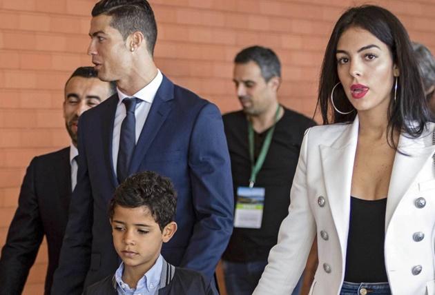 NÓNG: Ronaldo trở về Madrid, chốt lịch trình ra mắt Juventus - Bóng Đá
