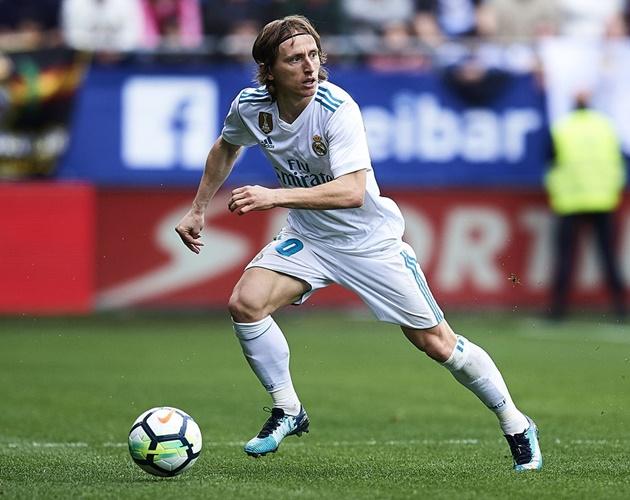 BIẾN CĂNG: Chủ tịch Real từ chối gặp Modric - Bóng Đá