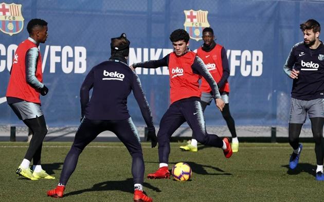 Real đã thất bại, chờ 'nhà vua' Barca lên tiếng - Bóng Đá