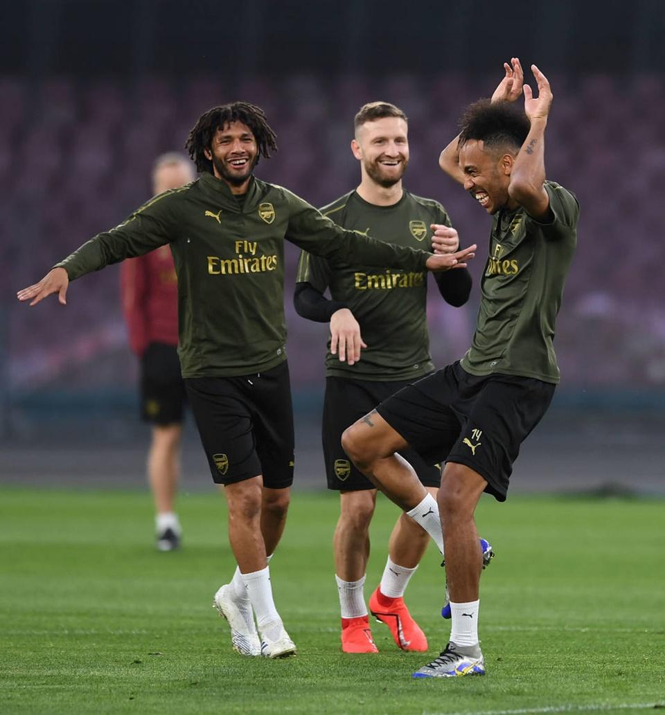 Arsenal tập - Bóng Đá