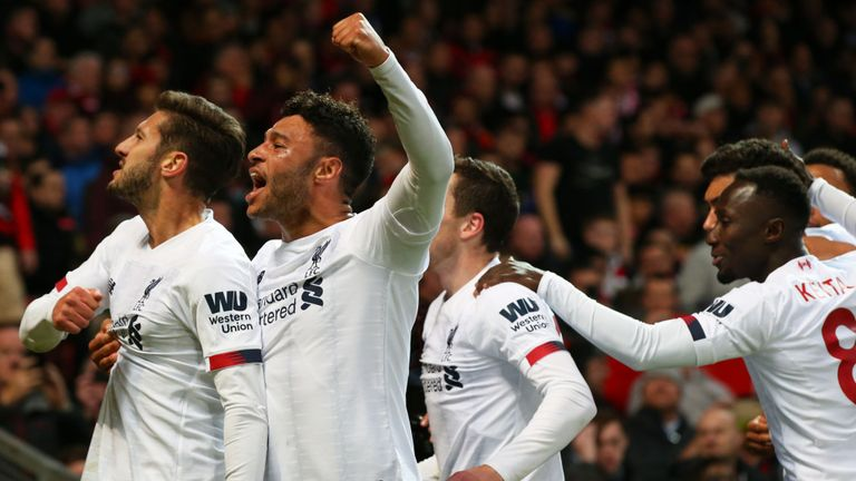 3 điều rút ra sau vòng 9 Premier League: Ngoại hạng Anh 'nhờ' MU - Bóng Đá