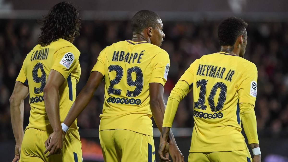 Mbappe chọn PSG để làm bước tiến khi tập thử thách bản thân sống cùng các ngôi sao lớn