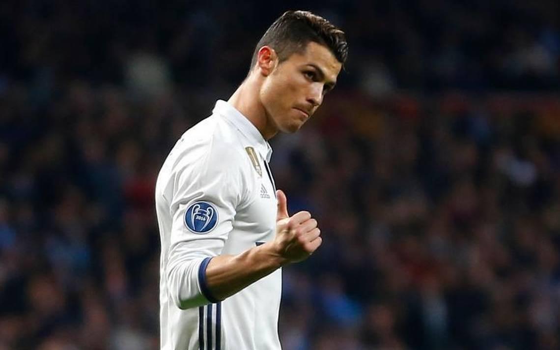 """Ronaldo sẽ hóa """"thánh cứu rỗi"""" cho Real Madrid? - Bóng Đá"""