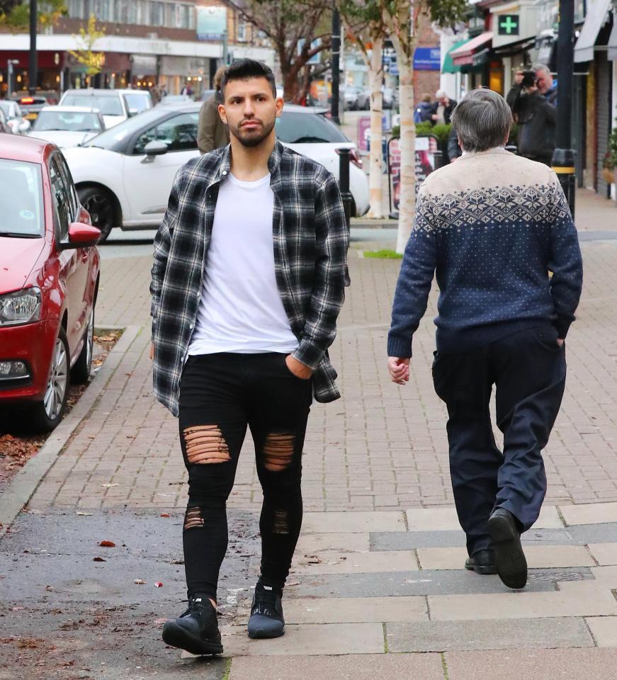 Derby Manchester phiên bản thời trang: Ai mặc đẹp hơn? - Bóng Đá