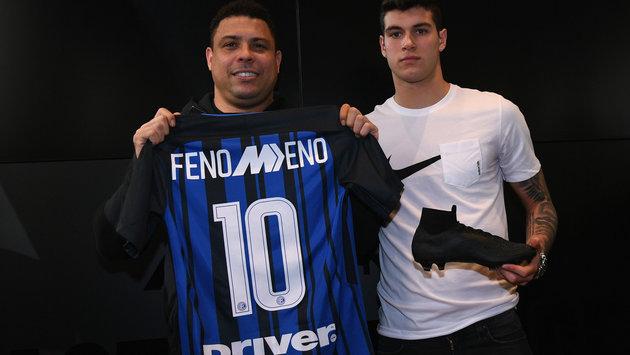Rô béo tươi rói đi ăn sinh nhật của Inter - Bóng Đá