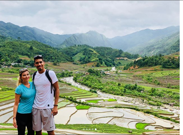Đáng yêu quá đỗi khoảnh khắc Chris Smalling học tiếng Việt - Bóng Đá