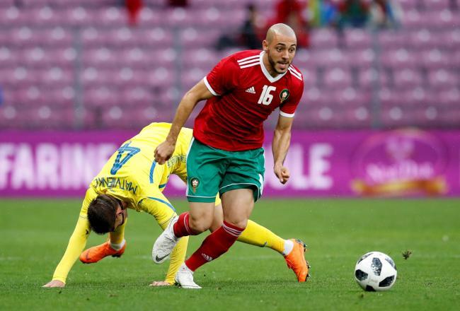 Sao Morocco chỉ trích trọng tài vi muốn xin áo Ronaldo - Bóng Đá