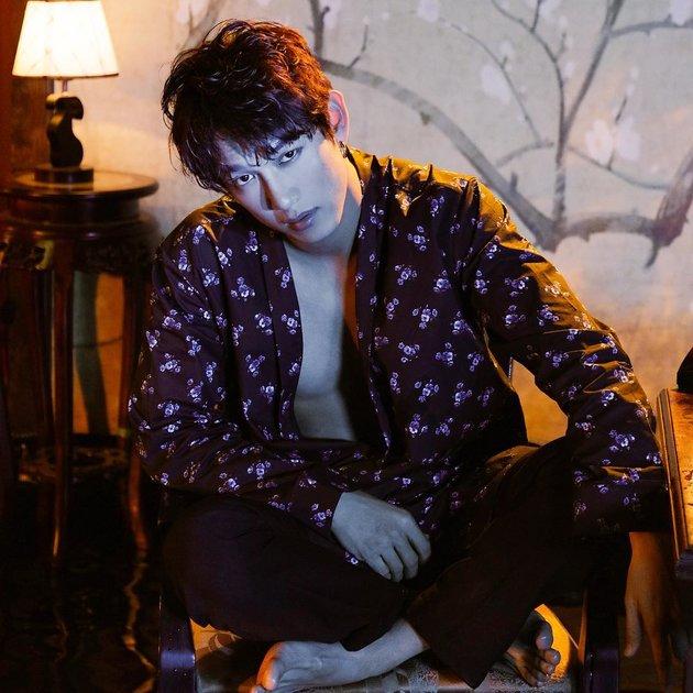 Ca sĩ Song Luân: 'Đã ra sân thì phải làm thủ lĩnh' - Bóng Đá