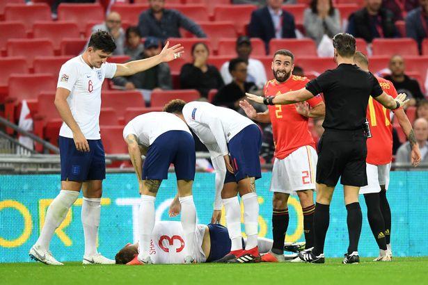 Thua Tây Ban Nha, tuyển Anh lập kỷ lục tồi tệ - Bóng Đá