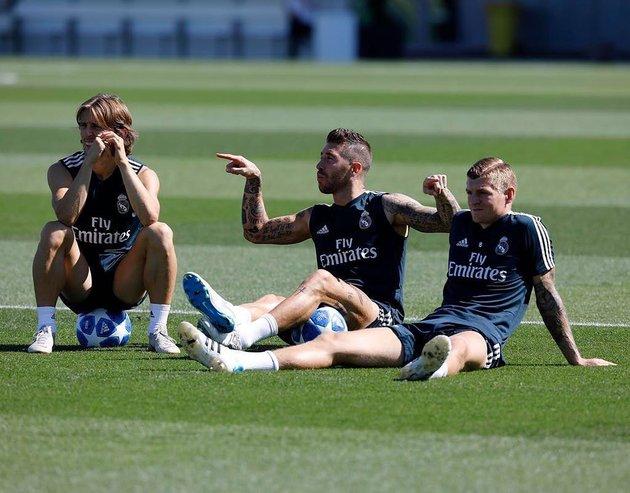 Ramos và những khoảnh khắc 'cạn lời' trên sân cỏ - Bóng Đá