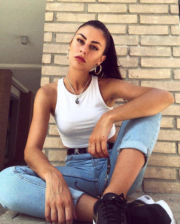 Giulia Coppini - Mỹ nhân bikini nắm giữ trái tim quý tử nhà Simeone - Bóng Đá