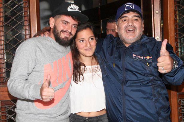 Phỉ báng Maradona, fan Juventus nhận cái kết đắng - Bóng Đá