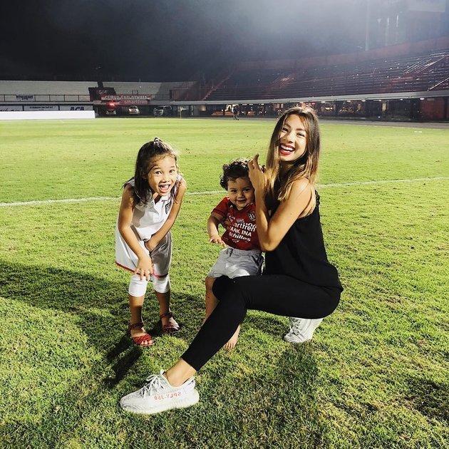 Jennifer Kurniawan - Nàng WAGs chất chơi bật nhất AFF Cup 2018 - Bóng Đá