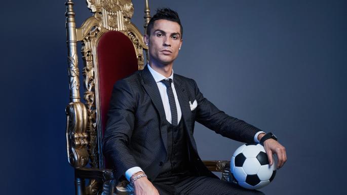 Tiết lộ 'hợp đồng im lặng' của người giúp việc nhà của Ronaldo - Bóng Đá