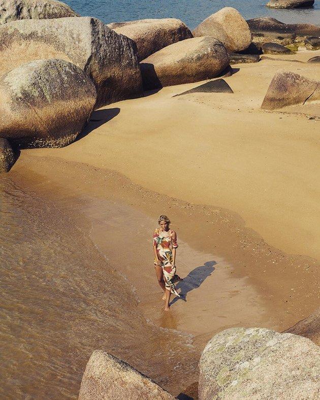 Đi du lịch, Kaka và người yêu vô tư khoe ảnh tình tứ - Bóng Đá