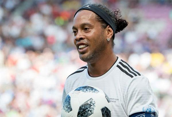 Tài khoản cạn tiền, Ronaldinho bị tịch thu tài sản - Bóng Đá