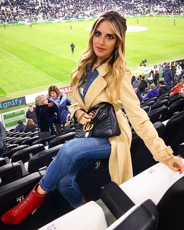 Michela Persico - Bóng hồng thường trực trên khán đài Juventus - Bóng Đá