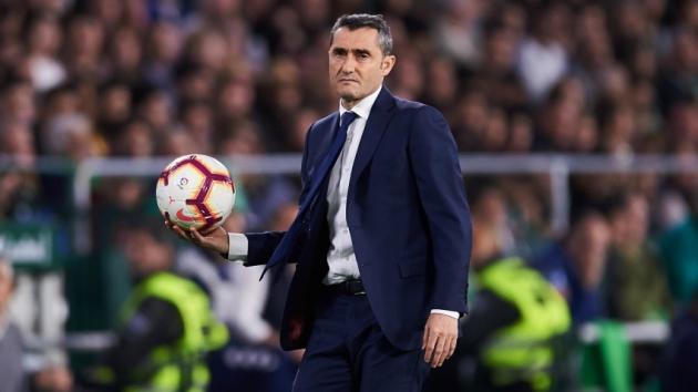 HLV Valverde cảnh tỉnh học trò trước trận chung kết Copa - Bóng Đá