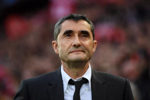 HLV Valverde không lo lắng về tương lai - Bóng Đá