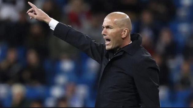 """Nhìn công cuộc phục hưng của Real, Barca có lẽ đang """"lo sốt vó""""!"""