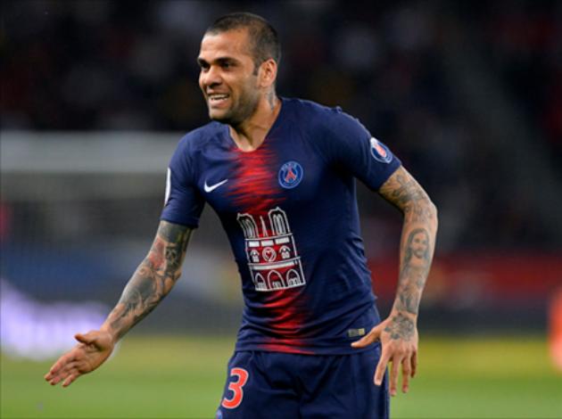 Tottenham liên hệ với Dani Alves - Bóng Đá