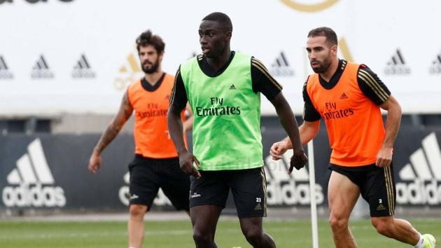 Mendy returns to Real Madrid training - Bóng Đá