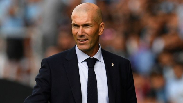 HLV Zidane khai màn La Liga suôn sẻ.