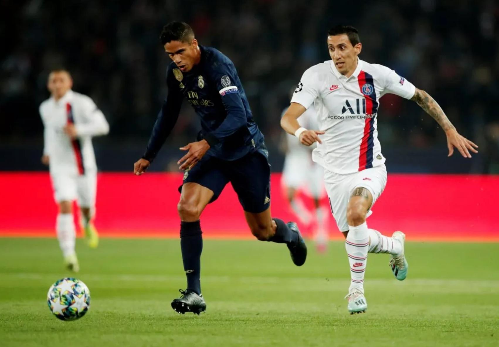 Real Madrid: Many fans have slated Raphael Varane after loss against Paris Saint-Germain - Bóng Đá