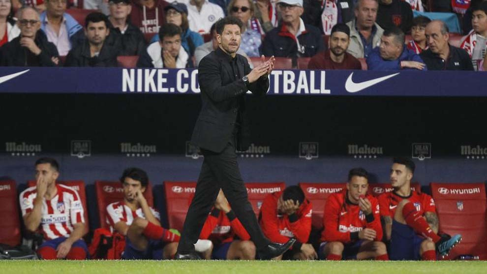 Simeone: No player's contract states they must play the whole 90 minutes - Bóng Đá