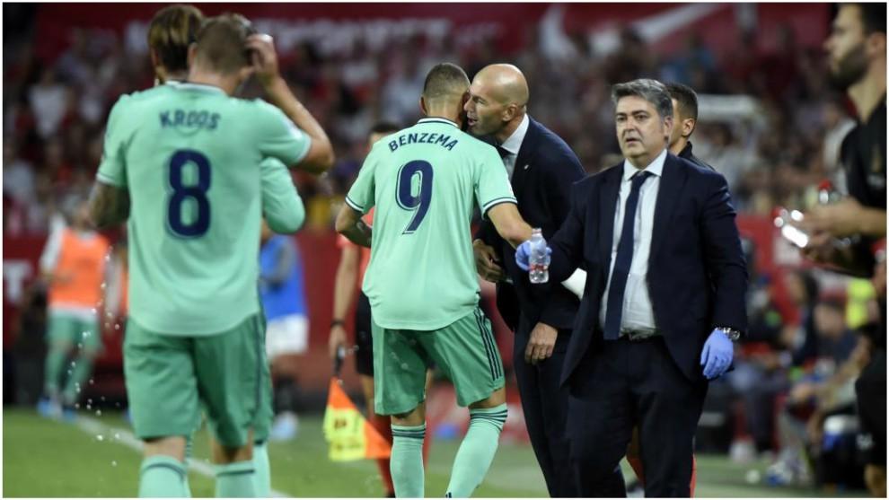Mất Ronaldo, thật may là Zidane vẫn còn 1