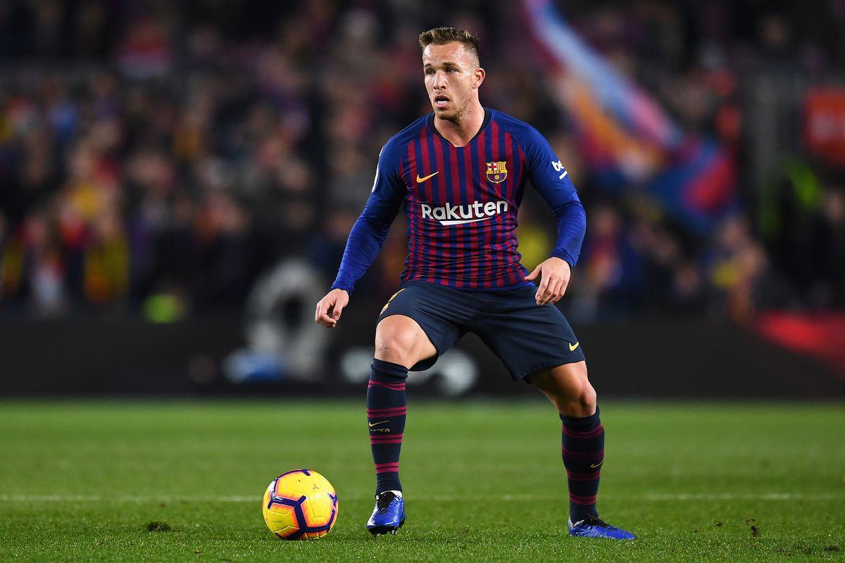 Barcelona's Ernesto Valverde made a mistake by benching Arthur Melo - Bóng Đá