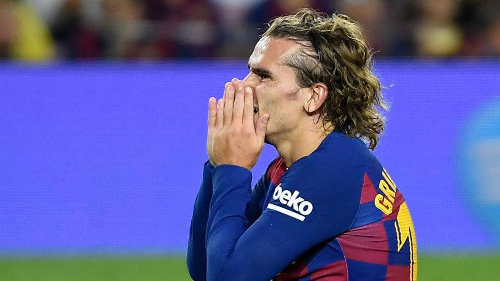 Barcelona given fine for Griezmann pursuit of... 300 euros - Bóng Đá