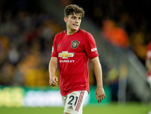 Daniel James learning from Eden Hazard as he bids to improve his game at Man Utd - Bóng Đá