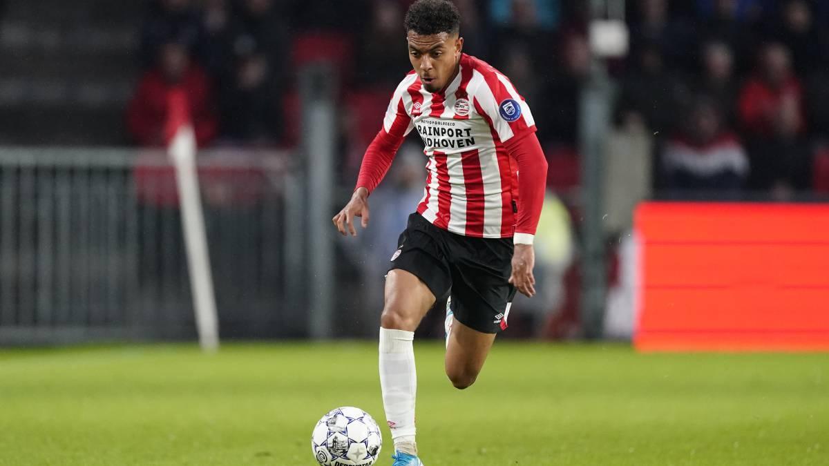 Barcelona eyeing PSV's Malen, Lautaro Martínez also on radar - Bóng Đá