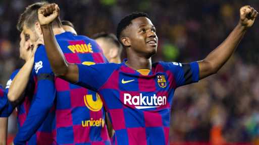 Ansu Fati set to be offered new long-term deal at Barcelona... with 16-year-old's release clause increasing to a whopping £88MILLION - Bóng Đá