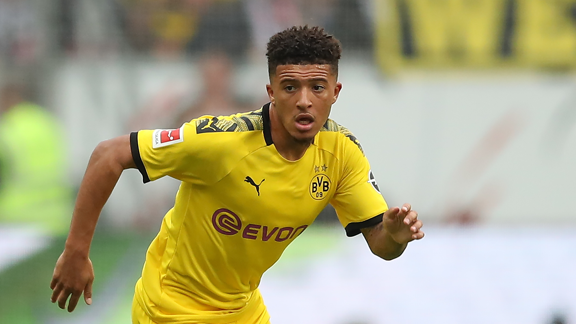 Real back in for Jadon Sancho in blow to United's hopes of landing England star with Dortmund ready sell him for more than £100m - Bóng Đá