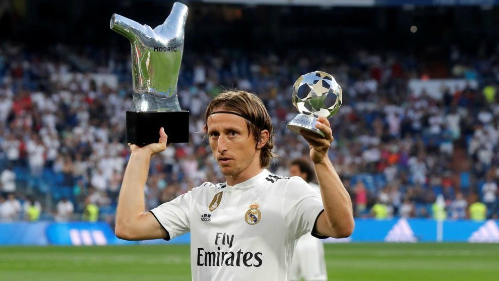Modric will add the Golden Foot to his trophy collection - Bóng Đá