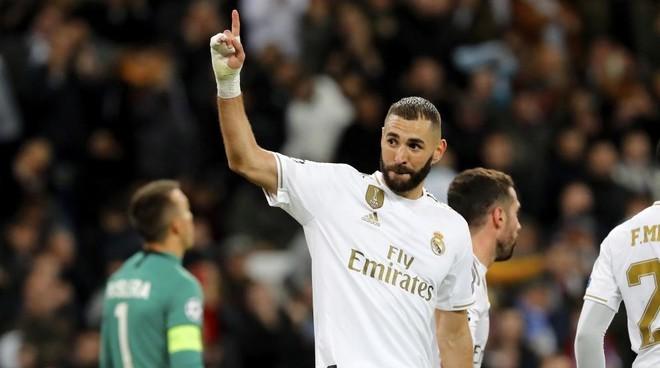 Hazard heaps praise on Benzema: He's the best striker in the world right now - Bóng Đá
