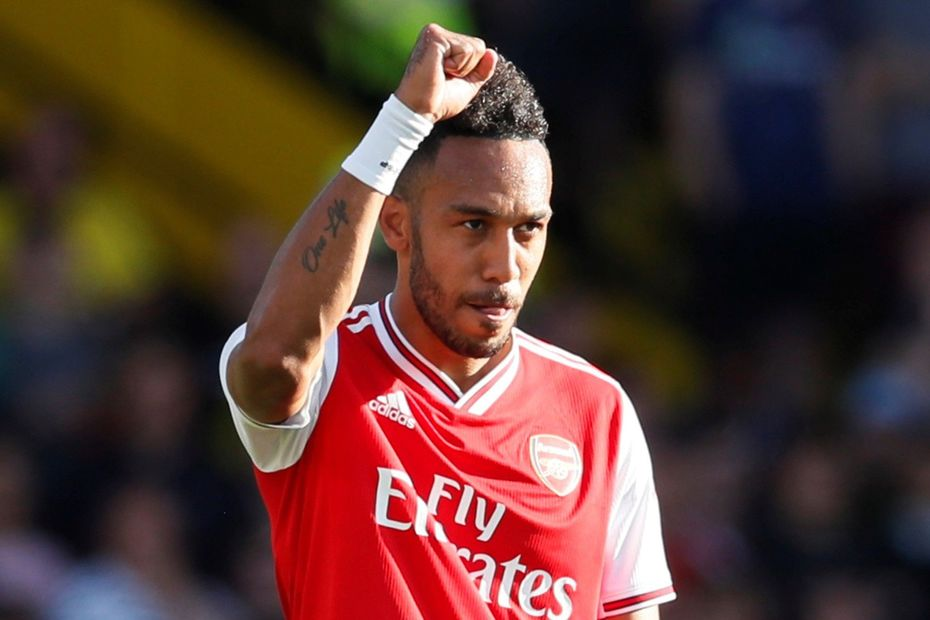 Arsenal star Pierre-Emerick Aubameyang postpones contract talks because of Barcelona - Bóng Đá