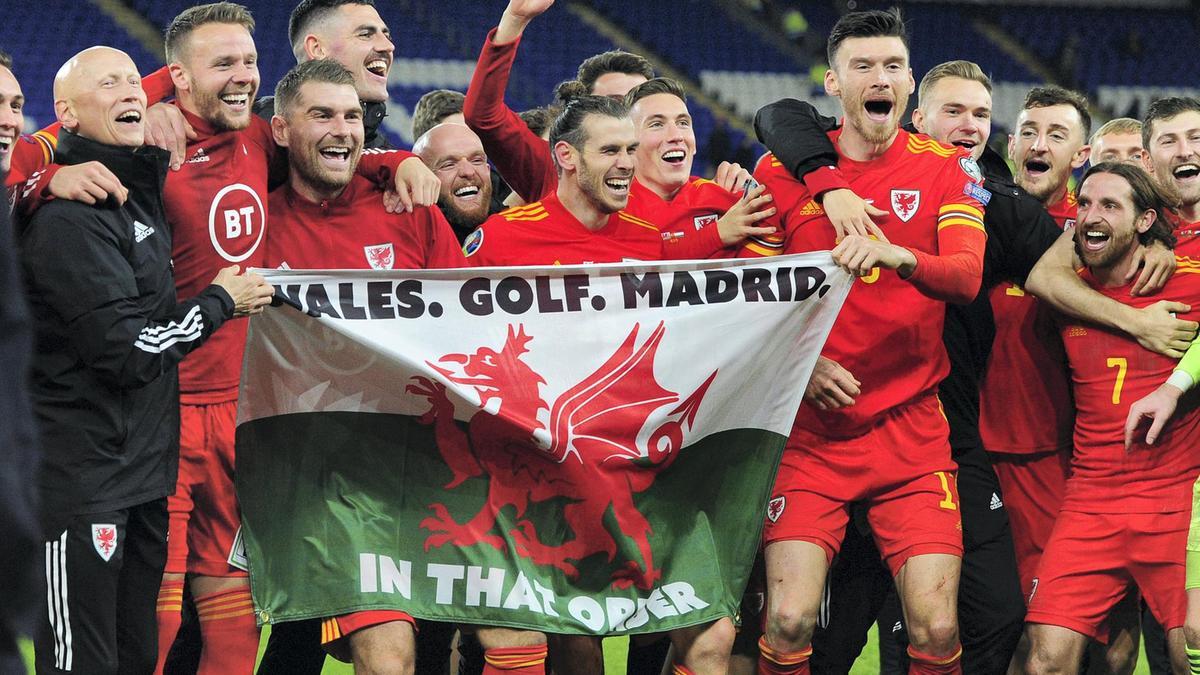 'Disrespectful. Misguided. Ungrateful': Spaniards round on Gareth Bale after Wales flag celebration - Bóng Đá
