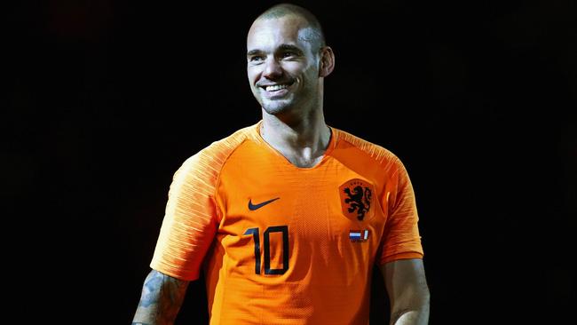 Wesley Sneijder: I could've been on the same level as Messi and Ronaldo - Bóng Đá