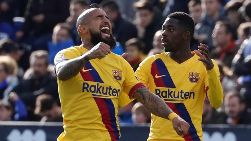 Arturo Vidal acts as Barcelona's saviour once again - Bóng Đá