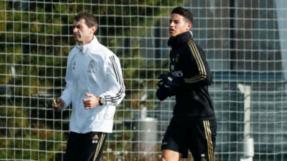 James Rodriguez needs a miracle to make the Clasico - Bóng Đá