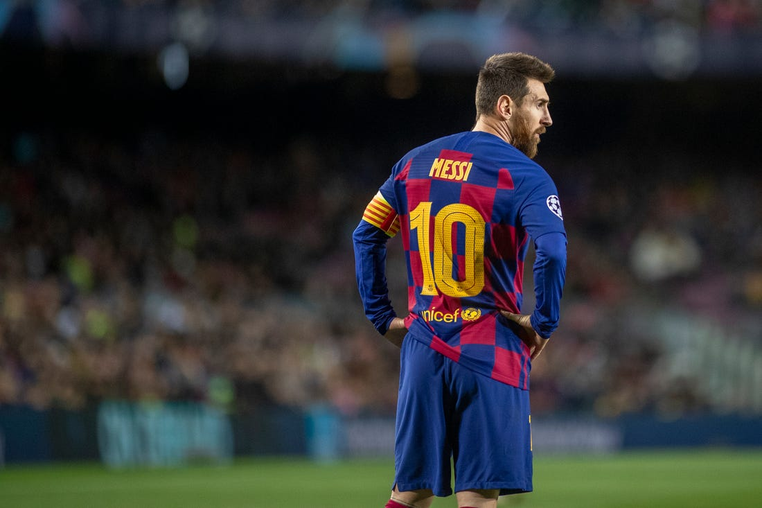 Lionel Messi threatens to leave Barcelona if his demands are not met - Bóng Đá