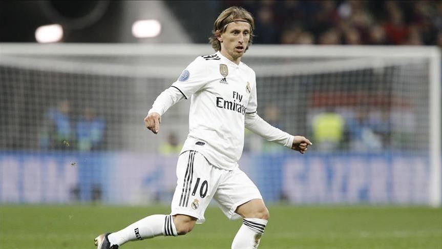 Conte khao khát Luka Modric.