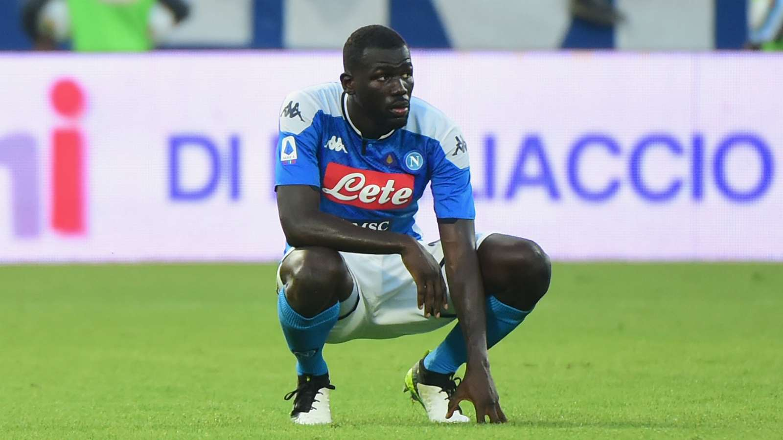 PSG set to table contract offer for Koulibaly - Bóng Đá