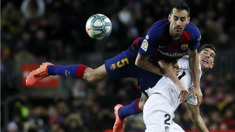 Busquets' footballing lesson: This is why Setien likes him so much - Bóng Đá