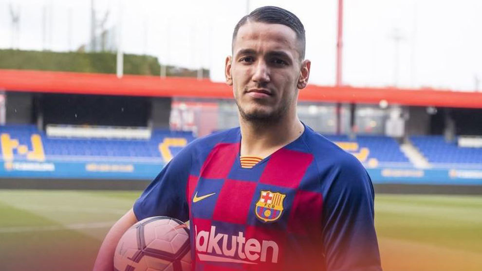 Barcelona sign Rey Manaj for two million euros - Bóng Đá